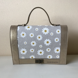 NANELI VOF - 1. Daisy, leather summer bag with floral pattern